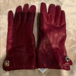 NWOT Coach red leather gloves